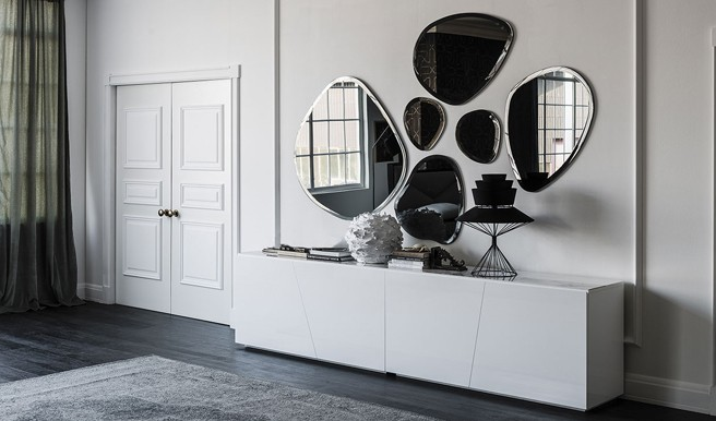 Hawaii Wall Mirror by Cattelan Italia: Timeless Style and Design